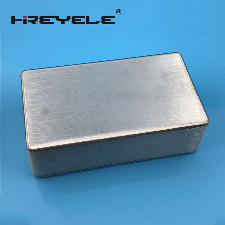 1590B amplifier aluminum enclosure