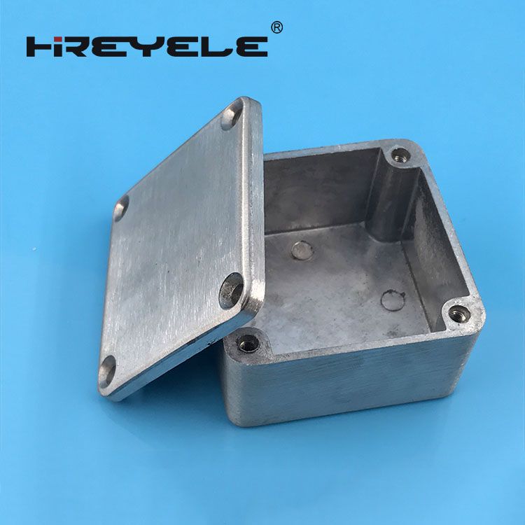 125B amplifier aluminum enclosure