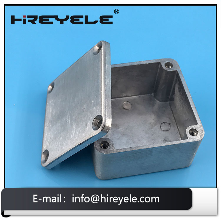 1590LB Small Die Casting Aluminum Enclosure For Effect Guitar