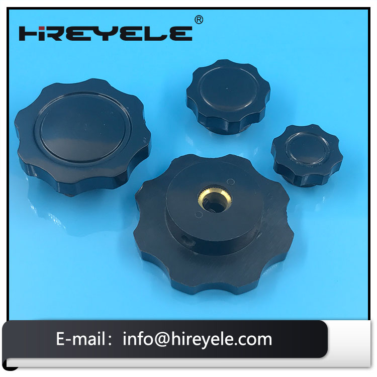 Black Plastic Fluted Knob With Thread